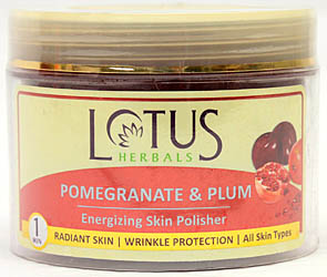 Lotus Herbals Pomegranate & Plum Energizing Skin Polisher
