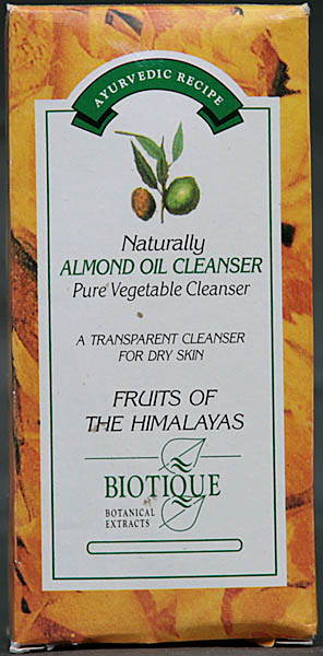 Naturally Almond Oil Cleanser - Pure Vegetable Cleanser (A Transparent Cleanser For Dry Skin)