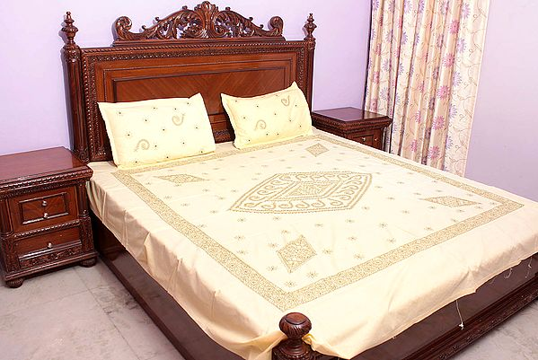 Chikan Hand-Embroidered Pale-Yellow Bedspread from Lucknow