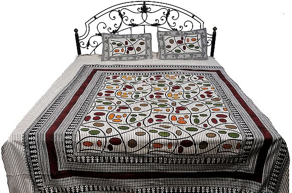 Cream Bedspread from Pilkhuwa with Modern Print