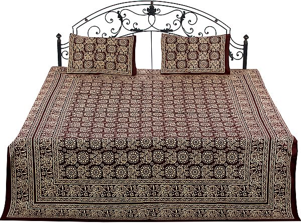 Bedspread from Pilkhuwa with Printed Beige Elephants and Flowers
