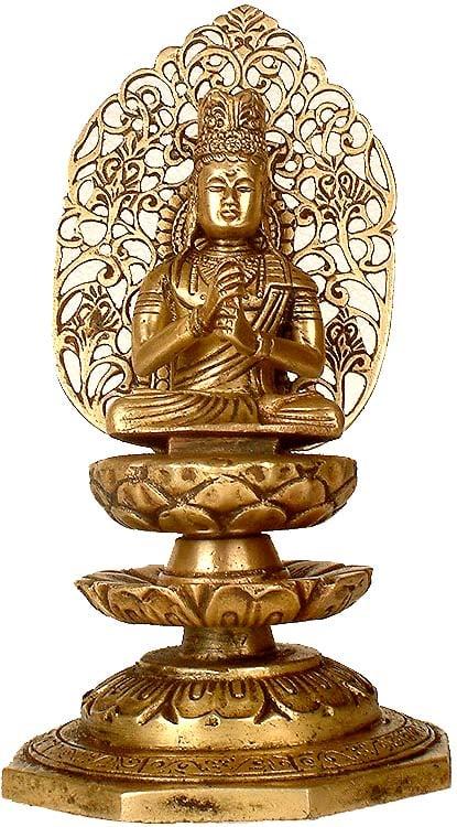 Crowned Japanese Buddha