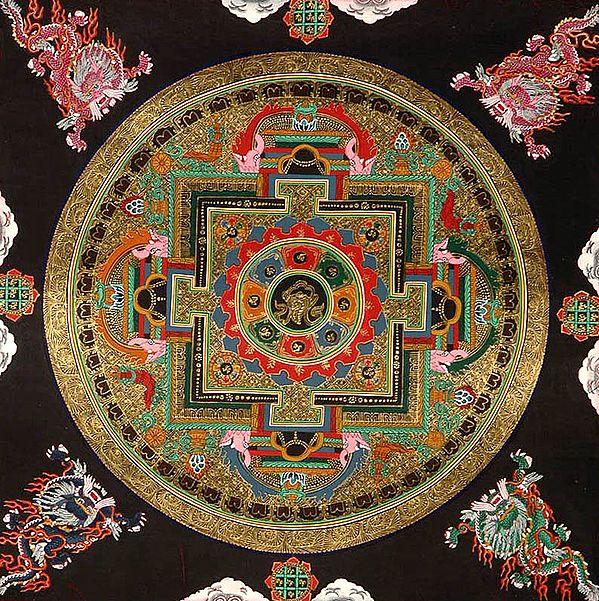 Auspicious Conch (Ashtamangala) Mandala with the Syllable Om Mani Padme Hum