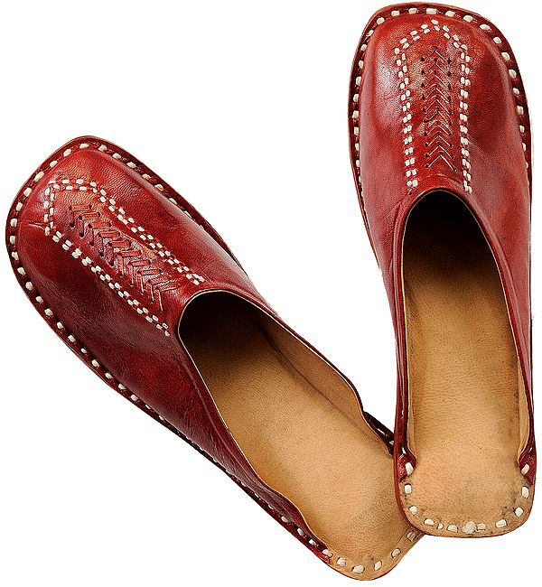 Cherry Slip-on Shoes for Men with Threadwork