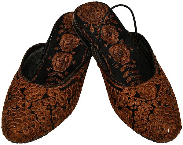 Slip-on Sandals from Kashmir with Ari Floral-Embroidery