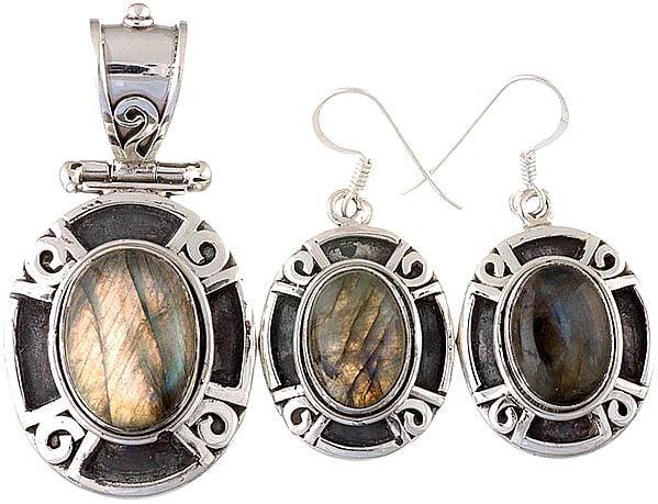Labradorite Oval Pendant with Earrings Set