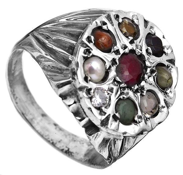 Navaratna Ring
