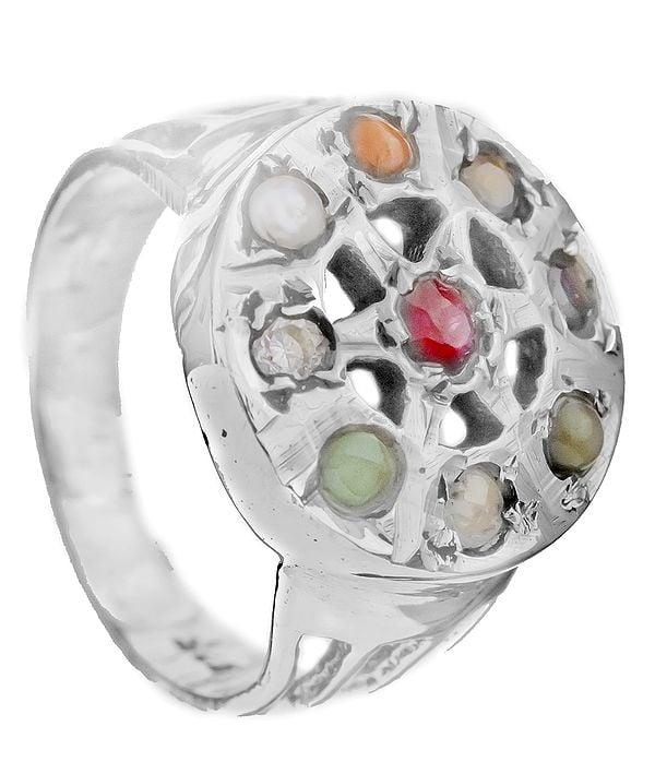 Navaratna Round-Shape Ring