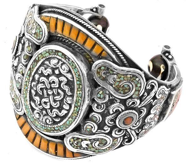 Endless Knot (Ashtamangala) Bracelet - A Museum Quality Piece