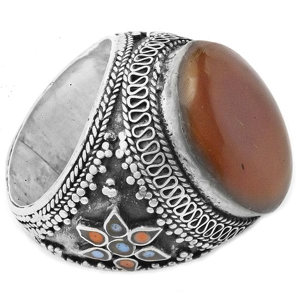 Carnelian Ring with Inlay Flowers