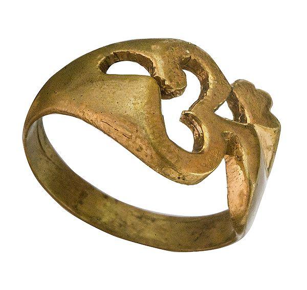 Om (AUM) Ring