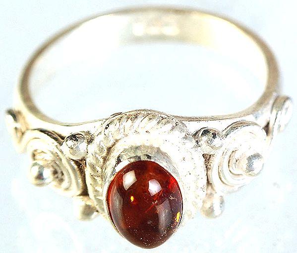 Amber Finger Ring