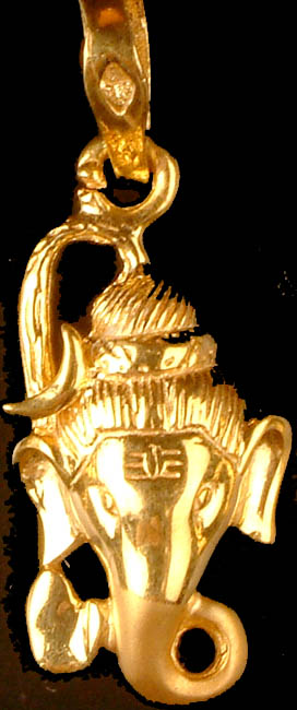 Finely Crafted Ganesha Head Pendant
