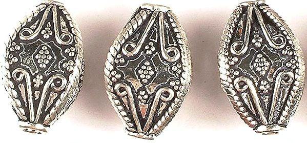 Four Faced Designer Beads (Price Per Piece)