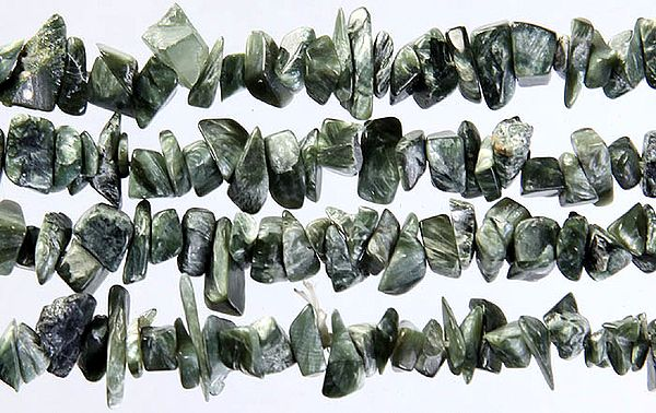 Green Chaorite Chips