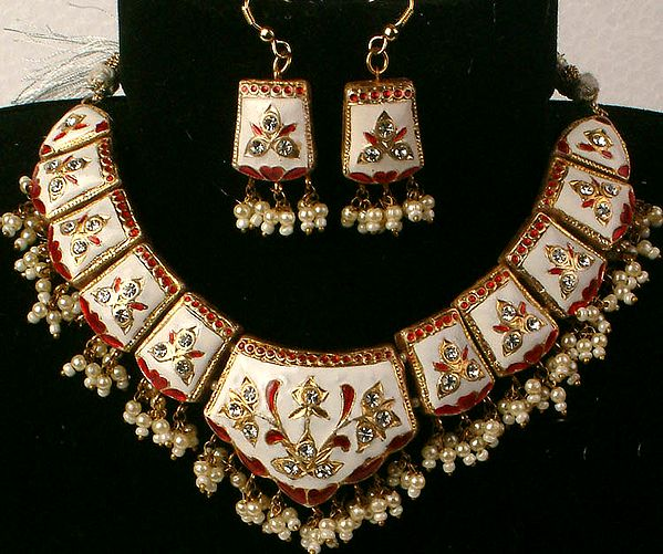 Ivory Mughal Marvel Necklace and Matching Earrings Set