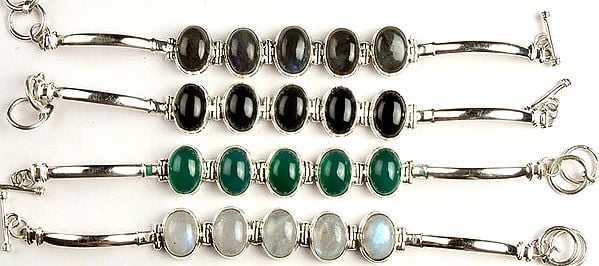Lot of Four Gemstone Cabochon Bracelets (Labradorite, Black Onyx, Green Onyx and Rainbow Moonstone)