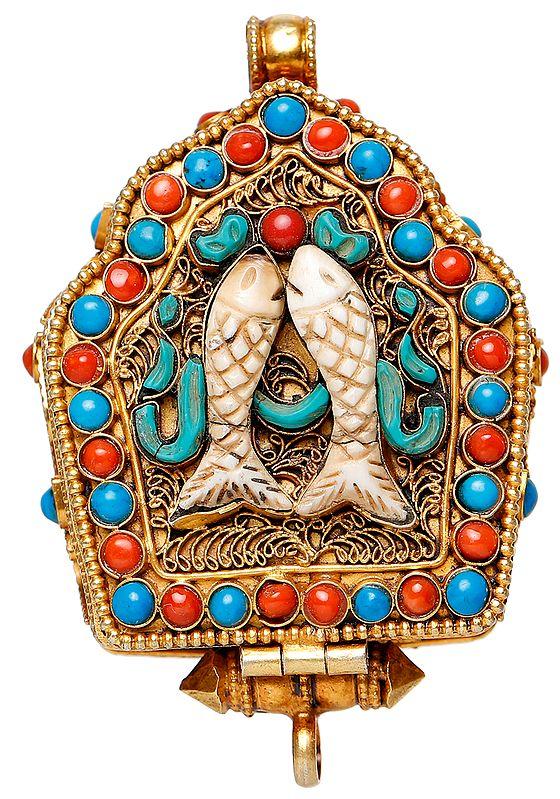 Gau Box Pendant with The Pair of Fish and Tibetan Buddhist Deity Manjushri Inside