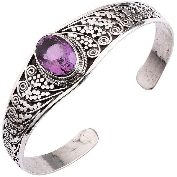Sterling Silver Cuff Bracelet with Oval-Cut Amethyst (Adjustable Size)