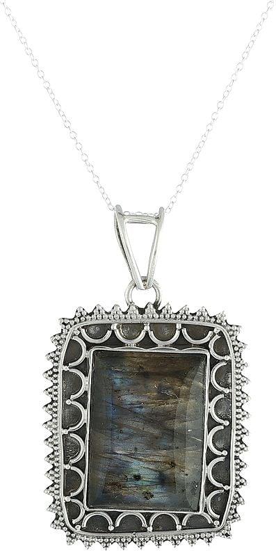 Sterling Silver Pendant with abradorite Gemstone