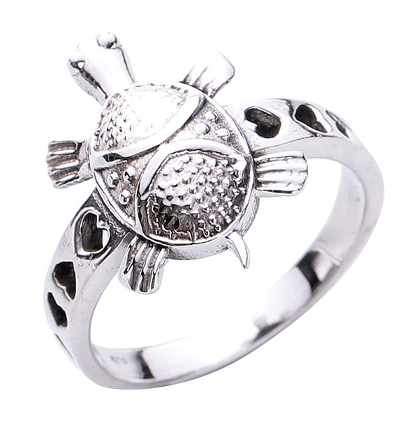 Tortoise Ring Made of Sterling Silver