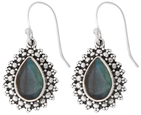 Fascinating Sterling Silver Earrings with Faceted Labradorite Stone