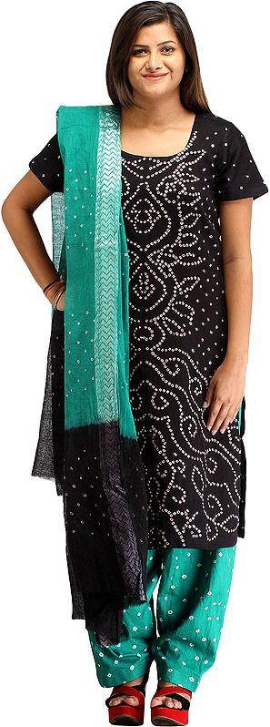 Bandhani Tie-Dye Salwar Kameez Suit from Gujarat