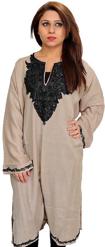 Oyster-Gray Phiran from Kashmir with Ari Hand-Embroidery on Neck