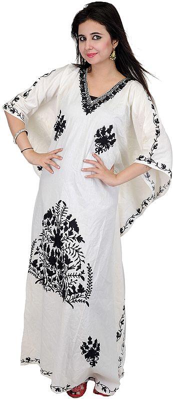 Chic-White Kashmiri Kaftan with Ari Embroidered Flowers in Black Thread