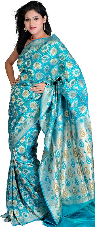 Viridian-Green Jamdani Sari from Banaras with Woven Flowers All-Over