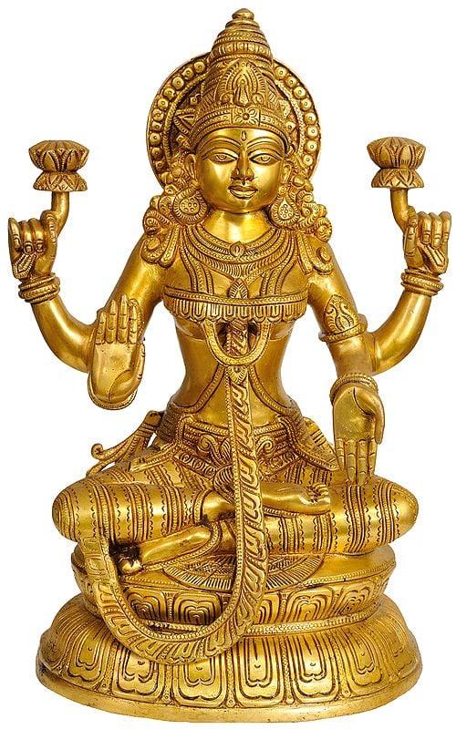 Goddess Lakshmi in Ashirwad Mudra