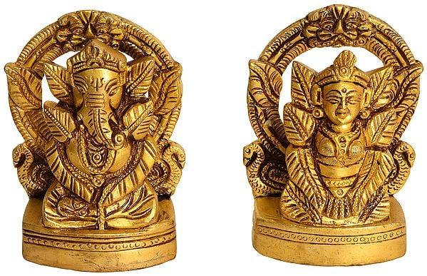Lakshmi Ganesha with Pipal Leaf Decoration