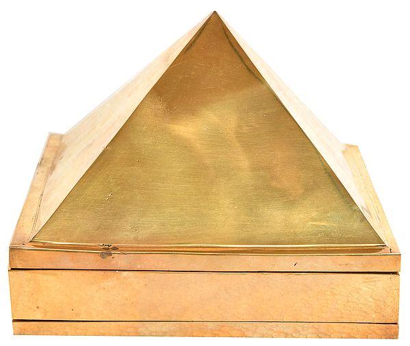 Large Size Vastu Pyramid (Set of Three): 91 Pyramids in Total