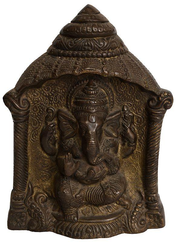 Shri Ganesha (Altar Piece)