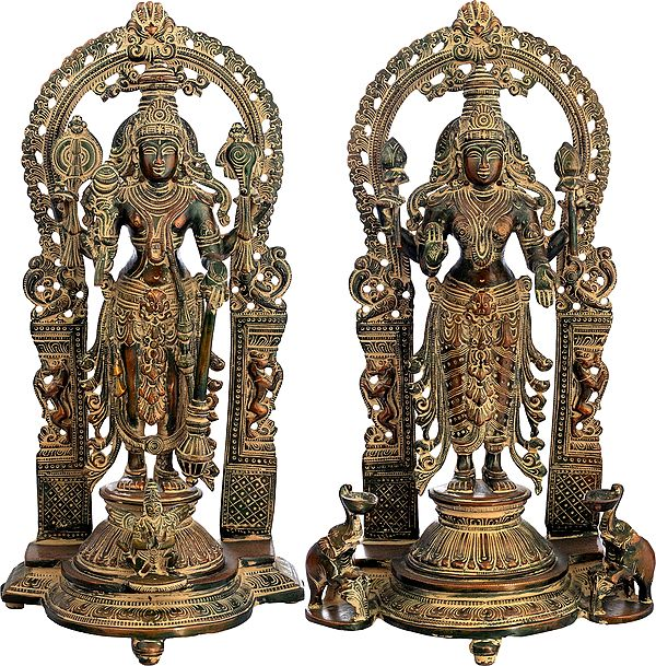 Vishnu-Lakshmi With Prabhavali And Elephant Diyas