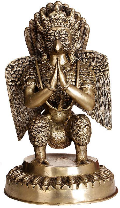 Garuda In Namaskaaram Mudra