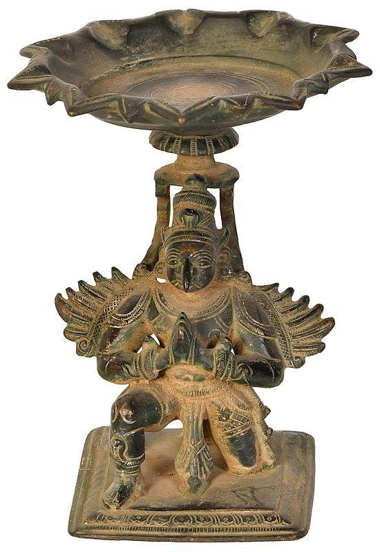 Garuda Lamp, Of The Pointed Beak