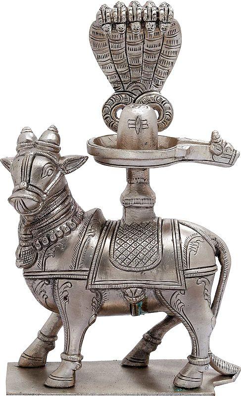 Nandi for Abhisheka with Shiva Linga