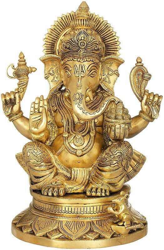 Chaturbhuja Ganesha Wearing a Carved Dhoti