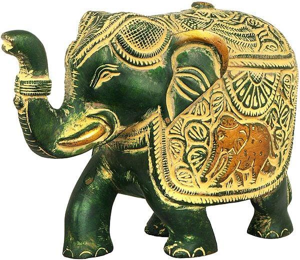 Fully Carved Elephant with Upraised Trunk (for Vastu)