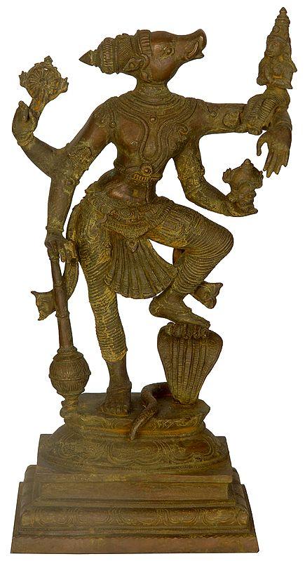 Lord Varahavatara Vishnu With Bhudevi
