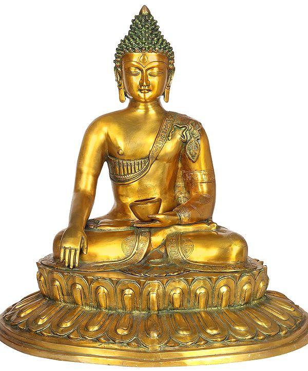Large Size Buddha in Bhumisparsha Mudra