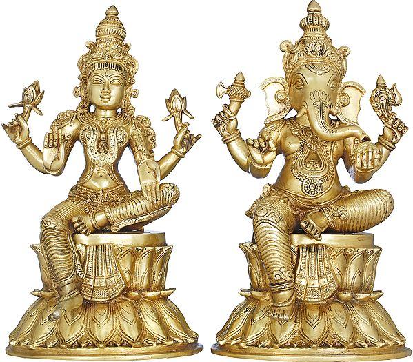 Lakshmi Ganesha Seated on Double Lotus