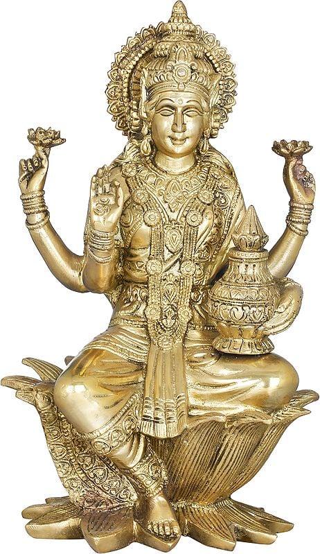 Goddess Lakshmi With The Wealth Pot