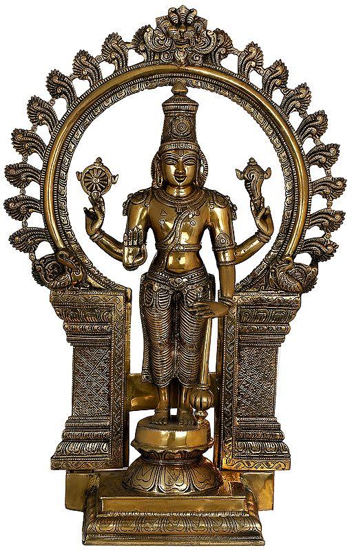 Chaturbhuja Standing Vishnu with Kirtimukha Ring