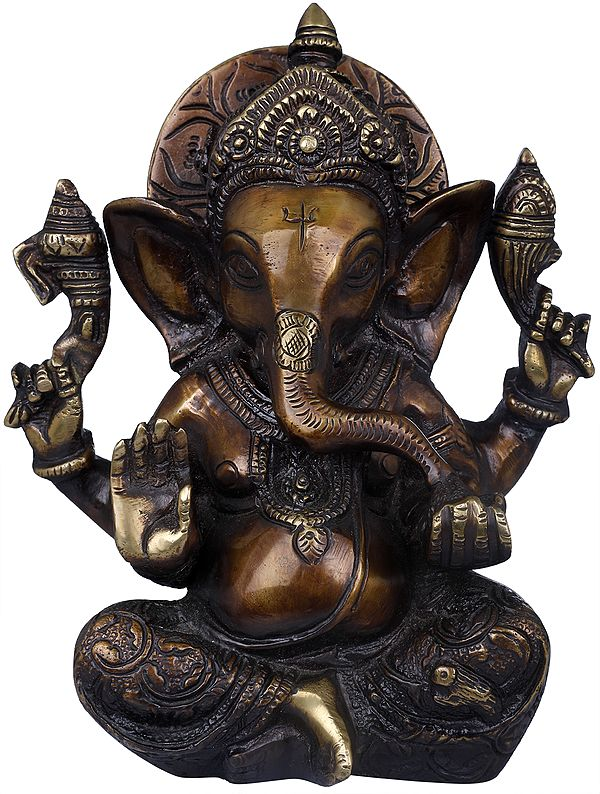 Lord Ganesha  in Carved Dhoti