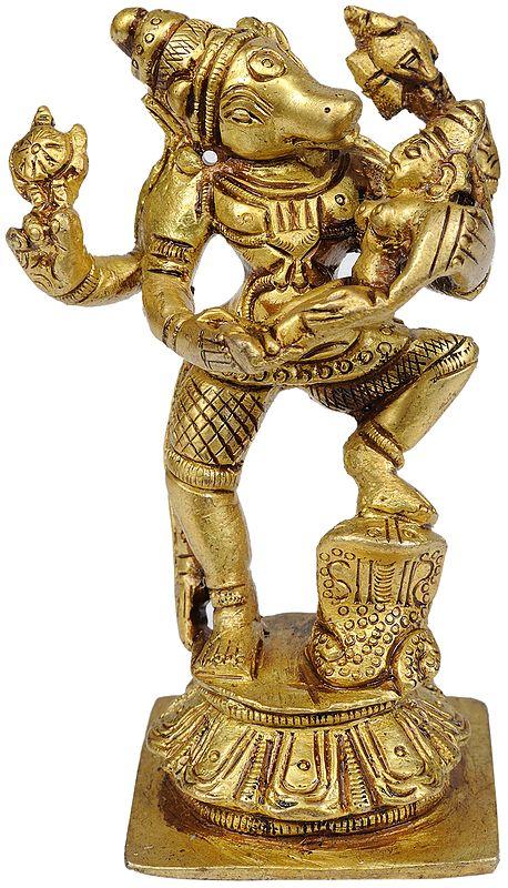 Varahavatara of Vishnu with Bhudevi (Small Statue)