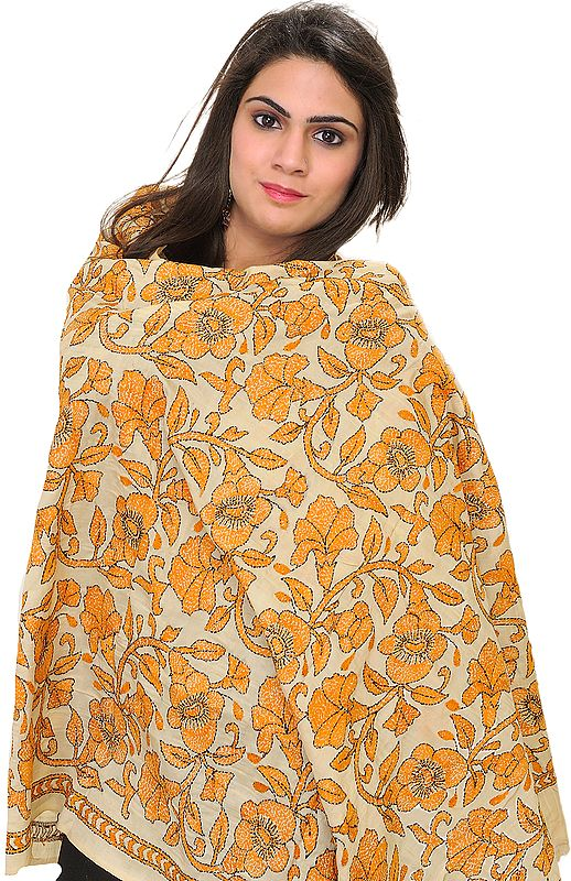 Cloud-Cream Kantha Dupatta with Embroidered Flowers by Hand